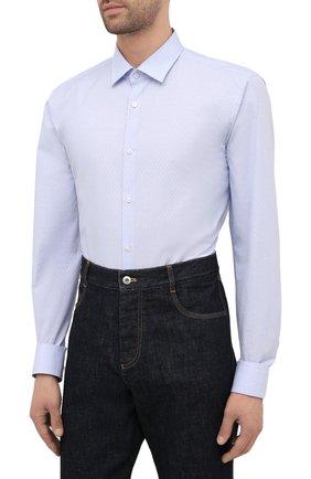Мужская хлопковая сорочка HUGO голубого цвета, арт. 50453356   Фото 3 (Манжеты: На пуговицах; Воротник: Кент; Рукава: Длинные; Рубашки М: Regular Fit; Длина (для топов): Стандартные; Материал внешний: Хлопок; Стили: Классический; Случай: Формальный; Принт: Однотонные)