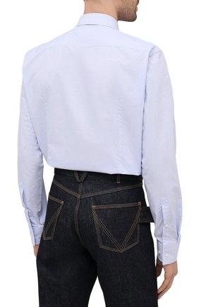Мужская хлопковая сорочка HUGO голубого цвета, арт. 50453356   Фото 4 (Манжеты: На пуговицах; Воротник: Кент; Рукава: Длинные; Рубашки М: Regular Fit; Длина (для топов): Стандартные; Материал внешний: Хлопок; Стили: Классический; Случай: Формальный; Принт: Однотонные)