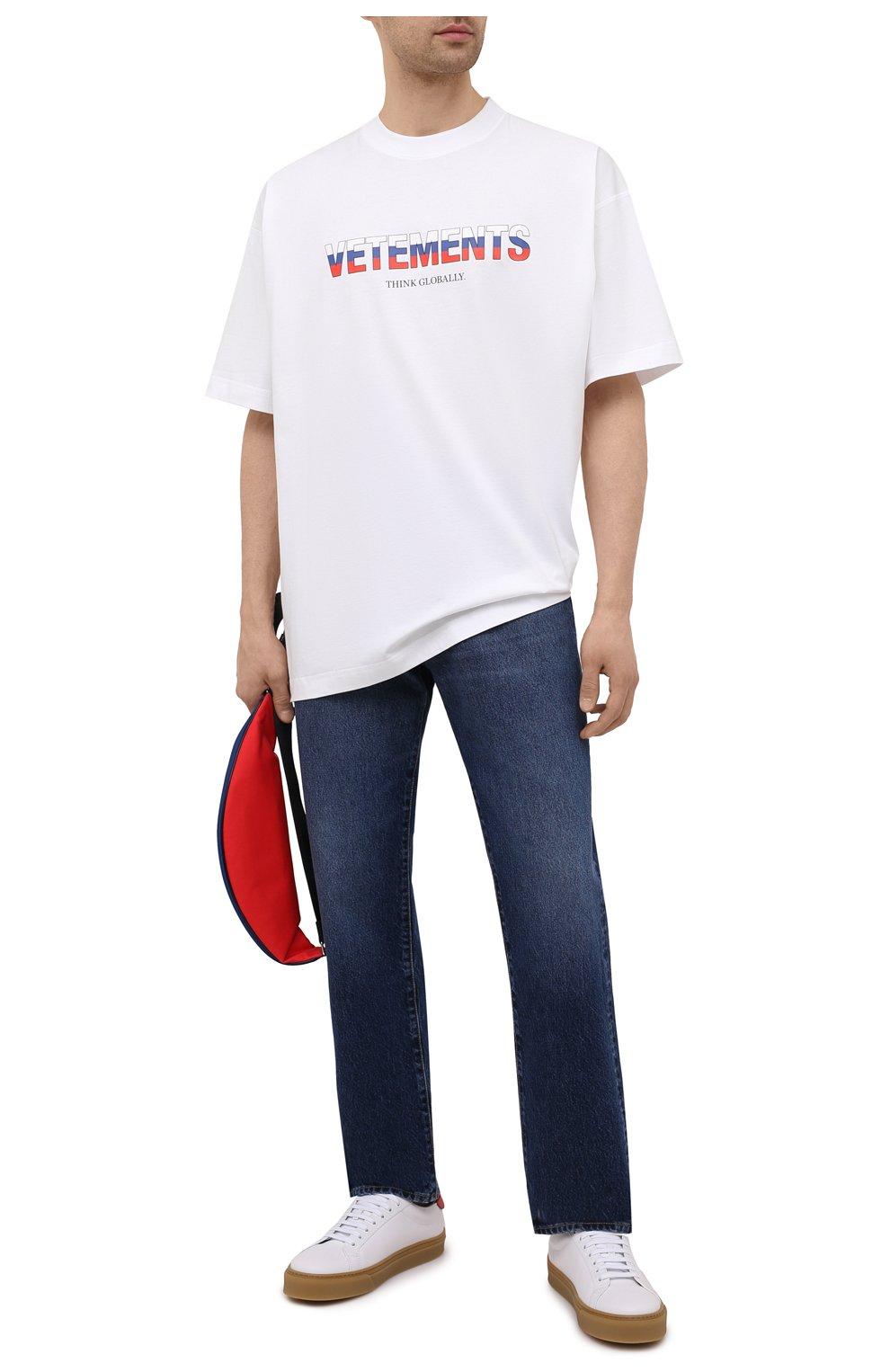 Мужская хлопковая футболка VETEMENTS белого цвета, арт. UA52TR290R 1611/M   Фото 2 (Рукава: Короткие; Длина (для топов): Стандартные; Стили: Гранж; Принт: С принтом; Материал внешний: Хлопок)