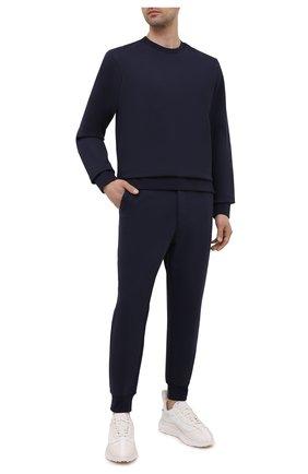 Мужские хлопковые джоггеры Y-3 темно-синего цвета, арт. GV4204/M | Фото 2 (Силуэт М (брюки): Джоггеры; Стили: Спорт-шик; Кросс-КТ: Спорт; Материал внешний: Хлопок; Мужское Кросс-КТ: Брюки-трикотаж; Длина (брюки, джинсы): Укороченные)