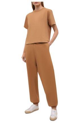 Женская хлопковая футболка HERON PRESTON FOR CALVIN KLEIN коричневого цвета, арт. K20K203539 | Фото 2 (Рукава: Короткие; Принт: Без принта; Стили: Спорт-шик; Женское Кросс-КТ: Футболка-спорт; Длина (для топов): Стандартные; Материал внешний: Хлопок)