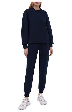 Женский свитшот Y-3 темно-синего цвета, арт. GV0339/W | Фото 2 (Рукава: Длинные; Длина (для топов): Стандартные; Женское Кросс-КТ: Свитшот-спорт, Свитшот-одежда; Материал внешний: Хлопок; Стили: Спорт-шик)