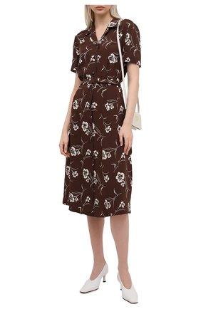 Женское шелковое платье RALPH LAUREN коричневого цвета, арт. 290840866 | Фото 2 (Материал внешний: Шелк; Случай: Повседневный; Стили: Кэжуэл; Длина Ж (юбки, платья, шорты): Миди; Рукава: Короткие; Женское Кросс-КТ: платье-рубашка, Платье-одежда)