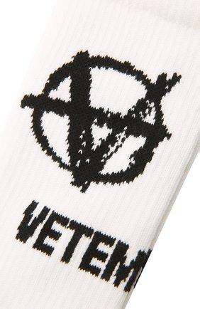 Мужские хлопковые носки VETEMENTS белого цвета, арт. UA52S0300W 2906/M | Фото 2