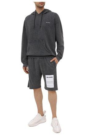 Мужские хлопковые шорты RELIGION темно-серого цвета, арт. 11TAPP77   Фото 2
