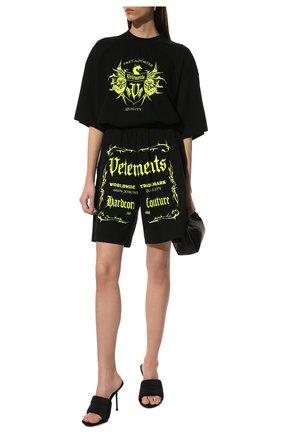 Женская хлопковая футболка VETEMENTS черного цвета, арт. UA52TR480X 1610/W | Фото 2
