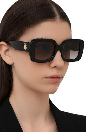 Женские солнцезащитные очки BURBERRY черного цвета, арт. 4327-300111   Фото 2 (Тип очков: С/з; Оптика Гендер: оптика-женское; Очки форма: Прямоугольные)