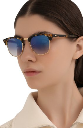 Женские солнцезащитные очки RAY-BAN коричневого цвета, арт. 3016-13353F | Фото 2