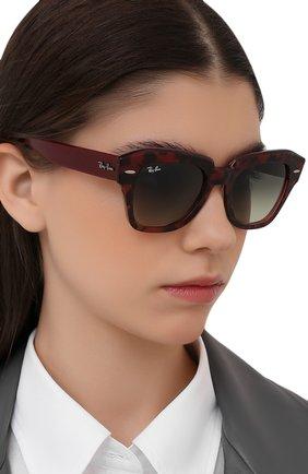 Женские солнцезащитные очки RAY-BAN бордового цвета, арт. 2186-1323BH | Фото 2