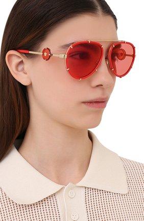 Женские солнцезащитные очки VERSACE красного цвета, арт. 2232-1472C8 | Фото 2 (Тип очков: С/з; Оптика Гендер: оптика-унисекс; Очки форма: Авиаторы)