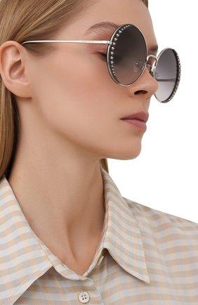 Женские солнцезащитные очки ALEXANDER MCQUEEN серого цвета, арт. AM0311S 001 | Фото 2