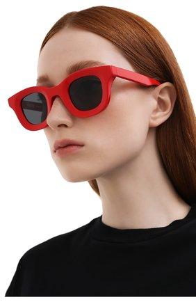 Женские солнцезащитные очки THIERRY LASRY красного цвета, арт. RH0DE0 657   Фото 2