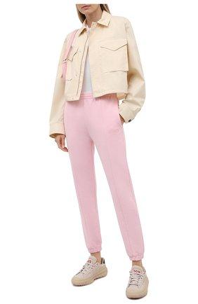 Женские хлопковые джоггеры VETEMENTS розового цвета, арт. WA52PA250P 1606/BABY PINK | Фото 2