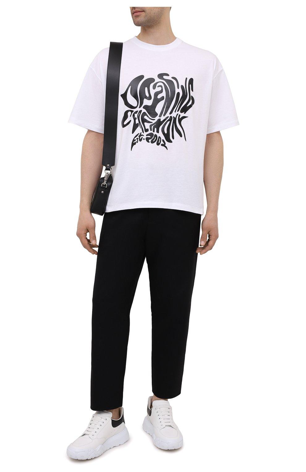 Мужская хлопковая футболка OPENING CEREMONY белого цвета, арт. YMAA001S21JER003   Фото 2 (Рукава: Короткие; Длина (для топов): Стандартные; Принт: С принтом; Материал внешний: Хлопок; Стили: Спорт-шик)
