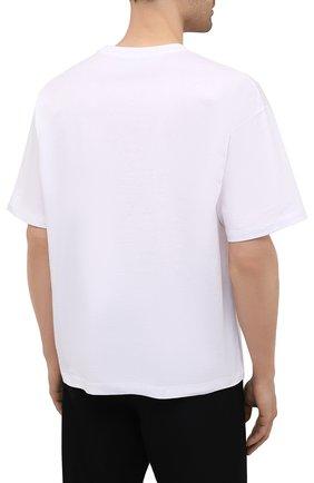 Мужская хлопковая футболка OPENING CEREMONY белого цвета, арт. YMAA001S21JER003   Фото 4 (Рукава: Короткие; Длина (для топов): Стандартные; Принт: С принтом; Материал внешний: Хлопок; Стили: Спорт-шик)