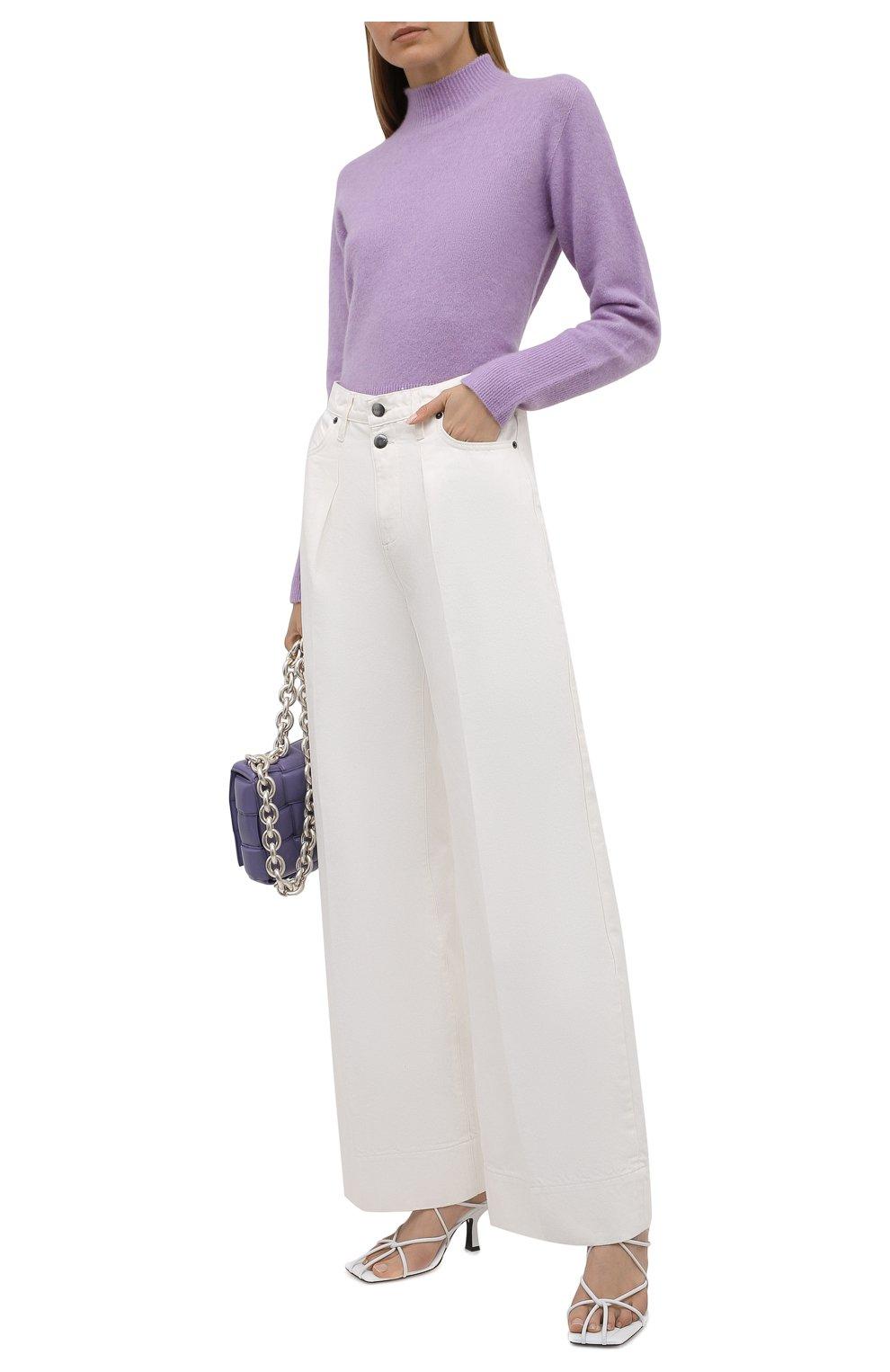 Женские джинсы FRAME DENIM белого цвета, арт. MPJ171   Фото 2 (Силуэт Ж (брюки и джинсы): Широкие; Длина (брюки, джинсы): Стандартные; Материал внешний: Хлопок, Деним; Стили: Кэжуэл)