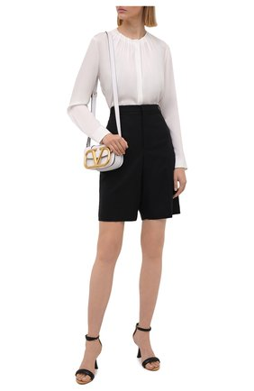 Женская шелковая блузка BOSS белого цвета, арт. 50453554 | Фото 2 (Длина (для топов): Стандартные; Материал внешний: Шелк; Принт: Без принта; Женское Кросс-КТ: Блуза-одежда; Рукава: Длинные; Стили: Романтичный)