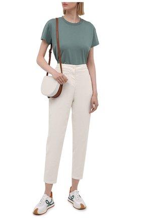 Женские хлопковые брюки BOSS молочного цвета, арт. 50460782 | Фото 2