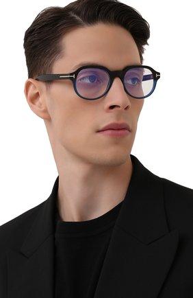 Мужские оправа TOM FORD черного цвета, арт. TF5697-B 055 | Фото 2 (Тип очков: Оправа; Очки форма: Круглые; Оптика Гендер: оптика-мужское)