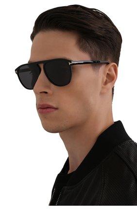 Мужские солнцезащитные очки TOM FORD черного цвета, арт. TF835 01A | Фото 2