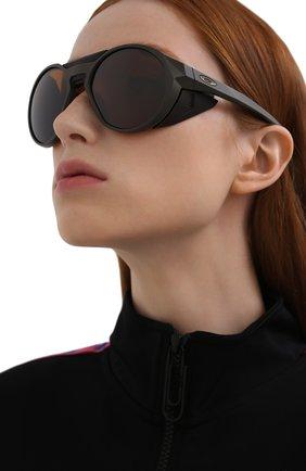 Женские солнцезащитные очки OAKLEY хаки цвета, арт. 9440-944004 | Фото 2
