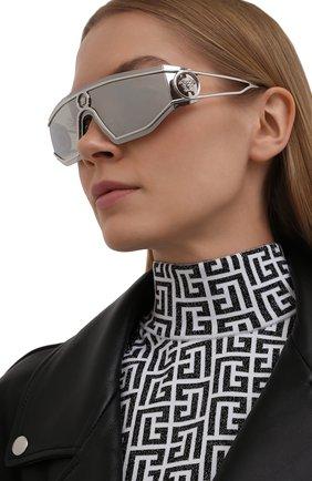 Женские солнцезащитные очки VERSACE серебряного цвета, арт. 2226-10006G | Фото 2