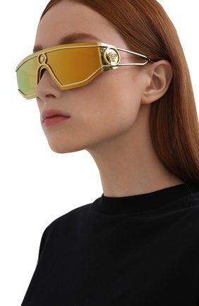 Женские солнцезащитные очки VERSACE золотого цвета, арт. 2226-10027P | Фото 2 (Тип очков: С/з; Оптика Гендер: оптика-унисекс; Очки форма: Маска, D-форма)