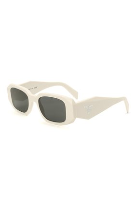 Женские солнцезащитные очки PRADA белого цвета, арт. 17WS-1425S0   Фото 1 (Тип очков: С/з; Оптика Гендер: оптика-женское; Очки форма: Прямоугольные)