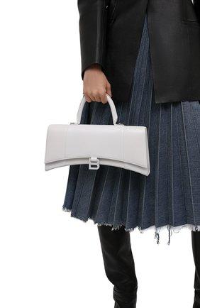 Женская сумка hourglass BALENCIAGA белого цвета, арт. 654946/1QJ4I | Фото 2 (Материал: Натуральная кожа; Ремень/цепочка: На ремешке; Сумки-технические: Сумки top-handle, Сумки через плечо; Размер: medium)