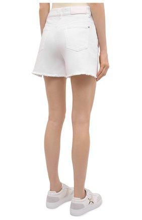 Женские джинсовые шорты 7 FOR ALL MANKIND белого цвета, арт. JSSHV690SW   Фото 4 (Женское Кросс-КТ: Шорты-одежда; Кросс-КТ: Деним; Длина Ж (юбки, платья, шорты): Мини; Материал внешний: Хлопок, Деним; Стили: Кэжуэл)