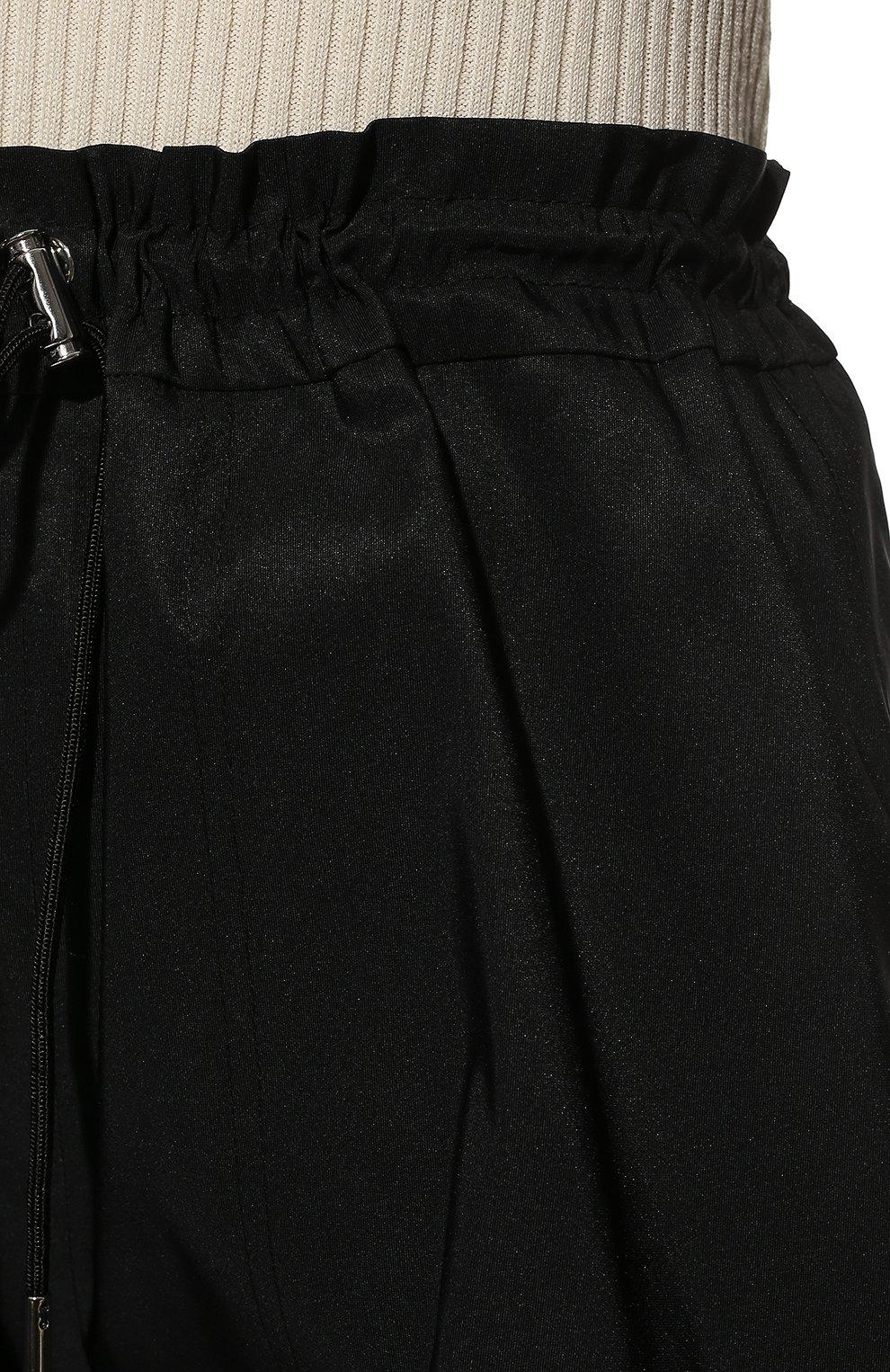 Женские шорты ALEXANDER MCQUEEN черного цвета, арт. 661560/QEACM | Фото 5 (Женское Кросс-КТ: Шорты-одежда; Длина Ж (юбки, платья, шорты): Мини; Материал внешний: Синтетический материал; Стили: Спорт-шик)