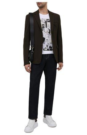 Мужская хлопковая футболка ALEXANDER MCQUEEN белого цвета, арт. 662589/QRZ75 | Фото 2 (Материал внешний: Хлопок; Принт: С принтом; Рукава: Короткие; Стили: Панк; Длина (для топов): Стандартные)