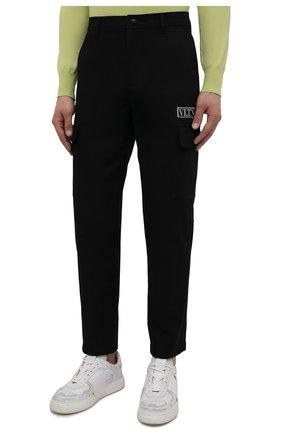 Мужские хлопковые брюки-карго VALENTINO черного цвета, арт. WV3REB006F1   Фото 3 (Силуэт М (брюки): Карго; Длина (брюки, джинсы): Стандартные; Случай: Повседневный; Материал внешний: Хлопок; Стили: Минимализм)