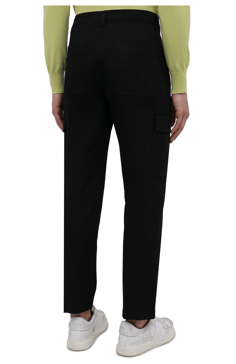 Мужские хлопковые брюки-карго VALENTINO черного цвета, арт. WV3REB006F1   Фото 4 (Силуэт М (брюки): Карго; Длина (брюки, джинсы): Стандартные; Случай: Повседневный; Материал внешний: Хлопок; Стили: Минимализм)