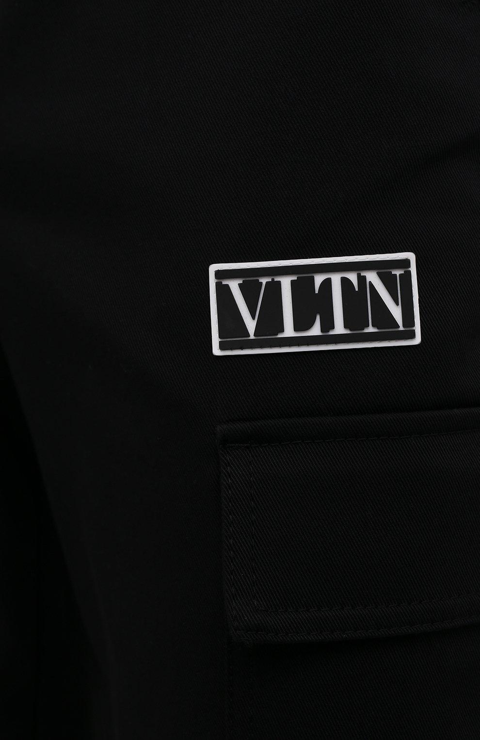 Мужские хлопковые брюки-карго VALENTINO черного цвета, арт. WV3REB006F1   Фото 5 (Силуэт М (брюки): Карго; Длина (брюки, джинсы): Стандартные; Случай: Повседневный; Материал внешний: Хлопок; Стили: Минимализм)