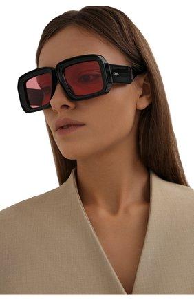 Женские солнцезащитные очки loewe x paula's ibiza LOEWE черного цвета, арт. LW40064U   Фото 2
