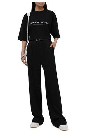 Женская хлопковая футболка VETEMENTS черного цвета, арт. UA52TR260B 1610/W   Фото 2