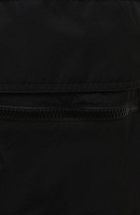 Мужские джоггеры VALENTINO черного цвета, арт. WV3REB216FN | Фото 5 (Длина (брюки, джинсы): Стандартные; Материал внешний: Синтетический материал; Стили: Гранж; Силуэт М (брюки): Джоггеры)