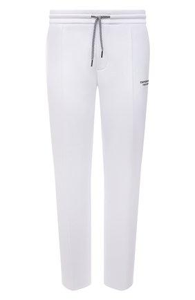 Мужские хлопковые брюки EMPORIO ARMANI белого цвета, арт. 6K1P67/1JHSZ | Фото 1 (Материал внешний: Хлопок; Мужское Кросс-КТ: Брюки-трикотаж; Стили: Спорт-шик; Кросс-КТ: Спорт; Длина (брюки, джинсы): Стандартные)