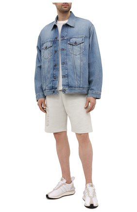 Мужские хлопковые шорты A-COLD-WALL* серого цвета, арт. ACWMB054   Фото 2 (Материал внешний: Хлопок; Принт: Без принта; Длина Шорты М: До колена; Стили: Минимализм; Кросс-КТ: Трикотаж)