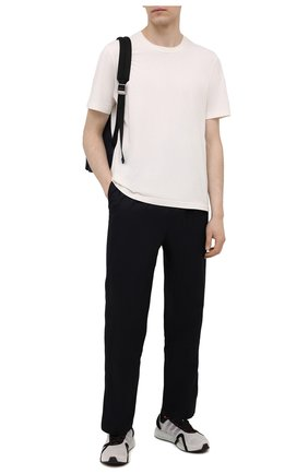 Мужские текстильные кроссовки runner 4d io Y-3 белого цвета, арт. FZ4501/M | Фото 2 (Материал внутренний: Текстиль; Подошва: Массивная; Материал внешний: Текстиль; Стили: Спорт)