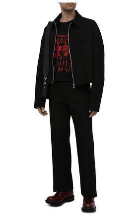 Мужская хлопковая футболка ALEXANDER MCQUEEN черного цвета, арт. 662547/QRZ61 | Фото 2 (Материал внешний: Хлопок; Рукава: Короткие; Длина (для топов): Стандартные; Принт: С принтом; Стили: Панк)