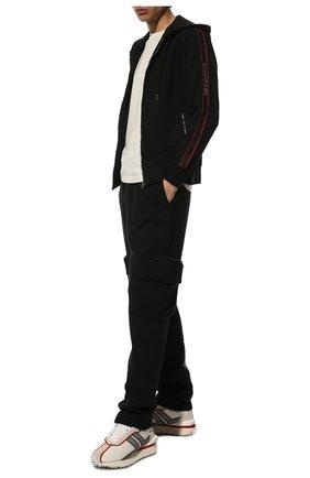 Мужской хлопковая толстовка ALEXANDER MCQUEEN черного цвета, арт. 654794/QRX75 | Фото 2 (Рукава: Длинные; Мужское Кросс-КТ: Толстовка-одежда; Длина (для топов): Стандартные; Материал внешний: Хлопок; Стили: Спорт-шик)