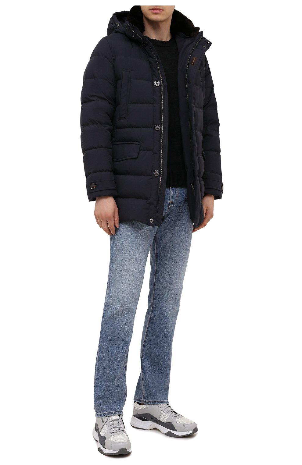 Мужская пуховик с меховой отделкой saturno-stp MOORER синего цвета, арт. SATURN0-STP/M0UGI100271-TEPA023   Фото 2 (Кросс-КТ: Куртка; Мужское Кросс-КТ: пуховик-короткий; Рукава: Длинные; Длина (верхняя одежда): До середины бедра; Материал внешний: Синтетический материал; Материал подклада: Синтетический материал; Материал утеплителя: Пух и перо; Стили: Кэжуэл)