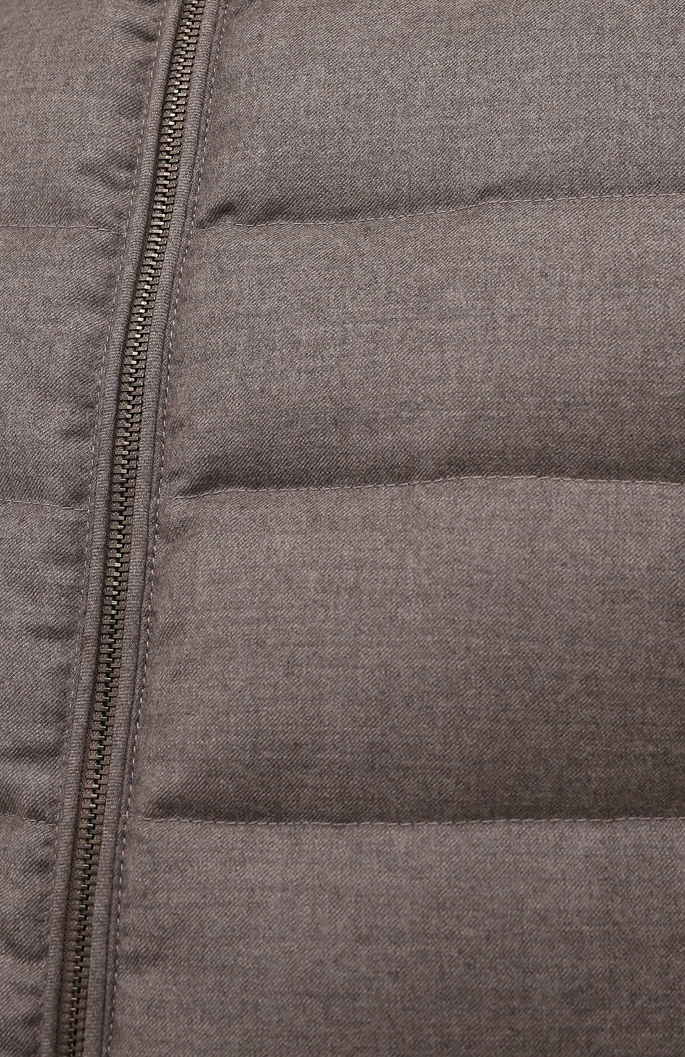 Мужской пуховый жилет oliver-l MOORER бежевого цвета, арт. 0LIVER-L/M0UGL100050-TEPA217   Фото 5 (Кросс-КТ: Куртка, Пуховик; Материал внешний: Шерсть; Материал подклада: Синтетический материал; Длина (верхняя одежда): Короткие; Материал утеплителя: Пух и перо; Стили: Кэжуэл)