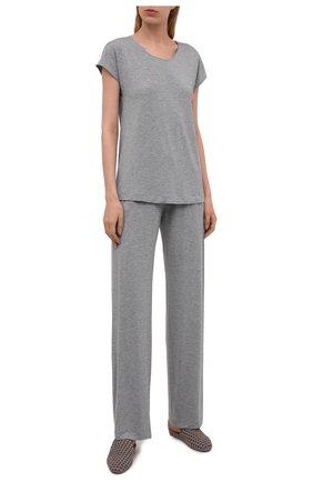 Женская футболка из вискозы HANRO серого цвета, арт. 076237 | Фото 2