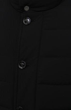 Мужская пуховик calegari-kn MOORER черного цвета, арт. CALEGARI-KN/M0UGI100139-TEPA009   Фото 5 (Кросс-КТ: Куртка; Мужское Кросс-КТ: пуховик-короткий; Рукава: Длинные; Длина (верхняя одежда): До середины бедра; Материал внешний: Синтетический материал; Материал подклада: Синтетический материал; Материал утеплителя: Пух и перо; Стили: Кэжуэл)