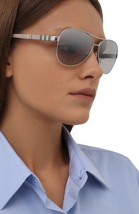 Женские солнцезащитные очки BURBERRY светло-серого цвета, арт. 3080-10056V   Фото 2