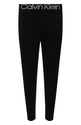 Мужские домашние джоггеры CALVIN KLEIN черного цвета, арт. NM2092E | Фото 1 (Материал внешний: Синтетический материал, Хлопок; Длина (брюки, джинсы): Укороченные; Кросс-КТ: домашняя одежда)