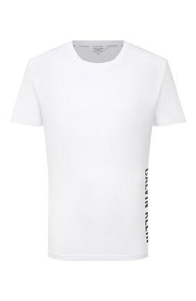 Мужская хлопковая футболка CALVIN KLEIN белого цвета, арт. KM0KM00604 | Фото 1 (Рукава: Короткие; Длина (для топов): Стандартные; Материал внешний: Хлопок; Мужское Кросс-КТ: Футболка-пляж; Стили: Спорт-шик)